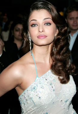 Aishwarya Rai Latest Hairstyles, Long Hairstyle 2011, Hairstyle 2011, New Long Hairstyle 2011, Celebrity Long Hairstyles 2062
