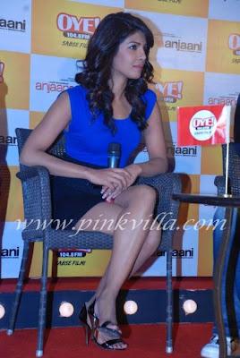 Priyanka Chopra & Ranbir Kapoor Launch Oye FM