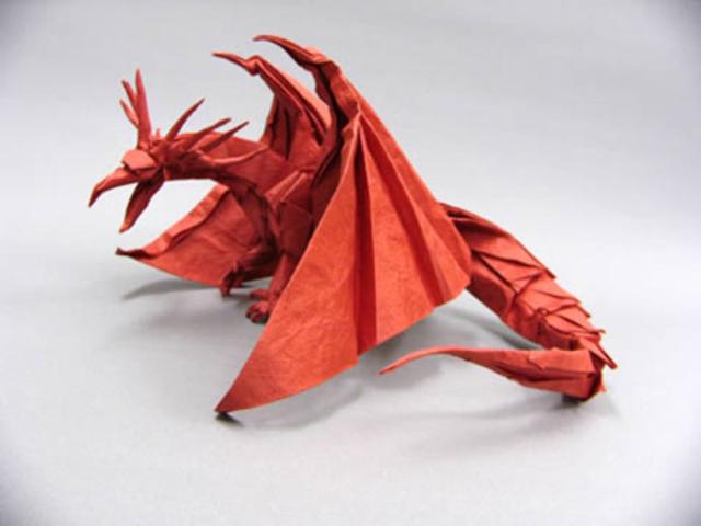 Origami pun menjadi populer di kalangan orang Jepang sampai sekarang ...