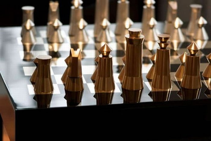 53 strange chess board sets curious funny photos pictures - Most expensive chess board ...