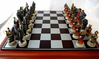 http://4.bp.blogspot.com/_LK3Jc8YZXjs/S7HeGEVs1eI/AAAAAAAAIwU/JnyPHe18sus/s400/Unusual-chess-boards-11.jpg