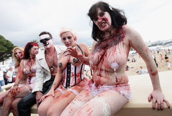 zombie women of satan nude pics