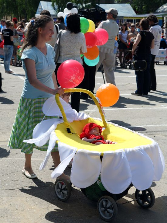 55 unusual baby carriages strollers Unusual-baby-carriages-30