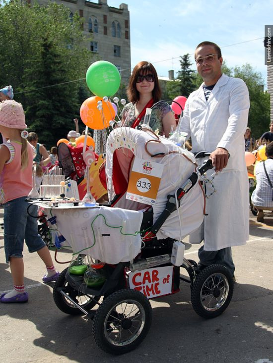 55 unusual baby carriages strollers Unusual-baby-carriages-42