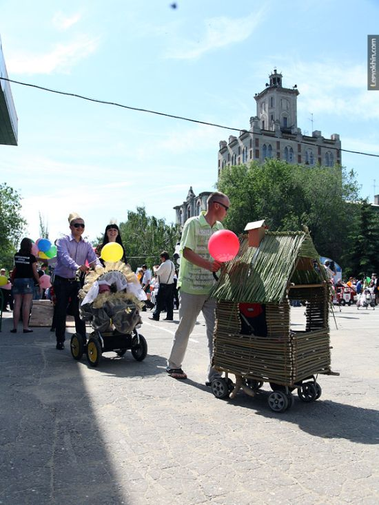 55 unusual baby carriages strollers Unusual-baby-carriages-24