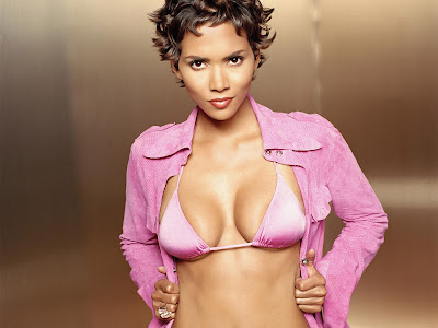Halle Berry ,hot actress