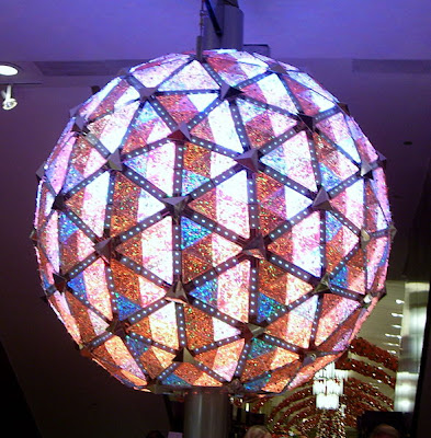Watch Live online The Ball Drop in Times Square New Year's Eve Count Down