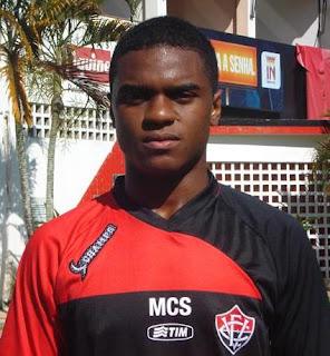 Foto: Edson - Atacante do Vitória