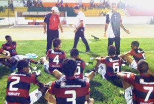 Amadeu e equipe junior do Vitória