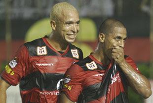 Júnior e Uelliton