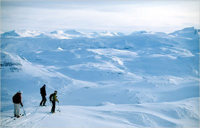 Telemark Skiing in Sweden Above the Arctic Circle