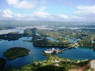Proyecto ceal 15 para visitar en colombia for Bodas jardin botanico medellin
