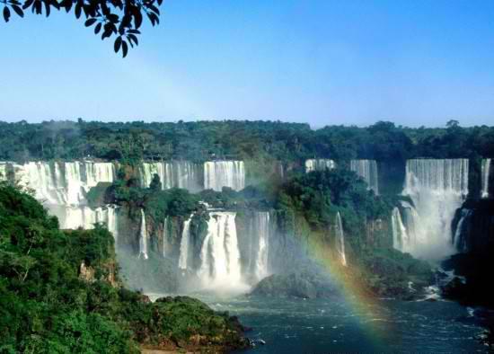 Air-terjun-Iguazu.jpg