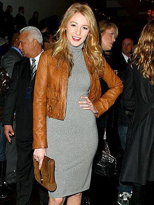 "The image ""http://4.bp.blogspot.com/_LOxEcObUqjo/SryOTHw5QkI/AAAAAAAAExE/7S-tEM8b2lw/s400/blake_lively+brown+leather+jacket+gray+dress.jpg"" cannot be displayed, because it contains errors."