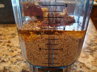Ingredients for Vegan No-Bake Pumpkin Pie Crust in blender