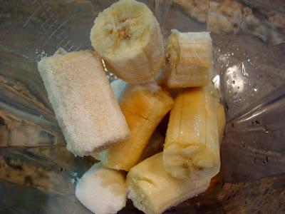 Ingredients for Vegan Vanilla Softserve in blender