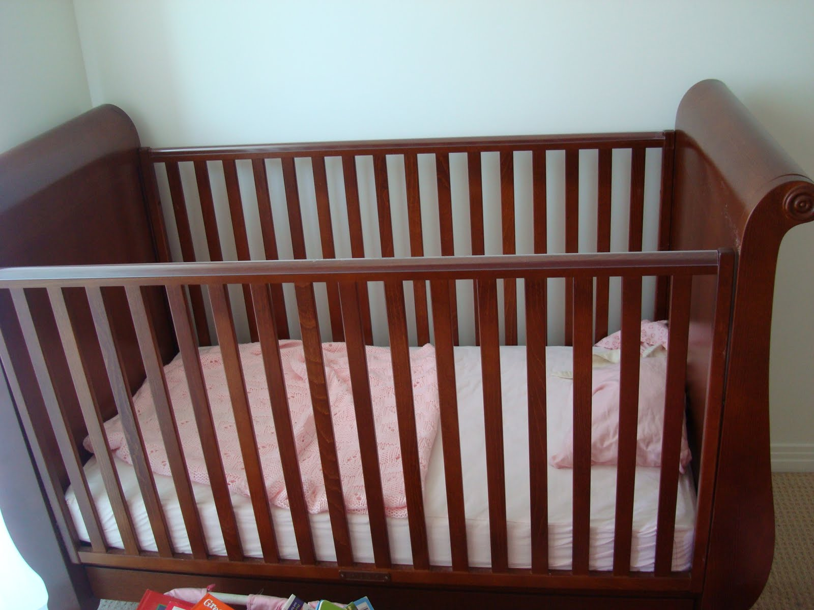 Crib for sale craigslist - It Was A Great Piece Of Furniture And It Was Very Pricey When We Bought It Because That S Solid Wood Not Fake Particle Board And Each Side Weighed About 75