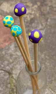 Home-made knitting needles