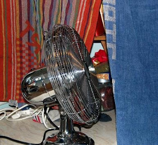 drying laundry with a fan