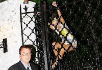 Paris Hilton Apanhada