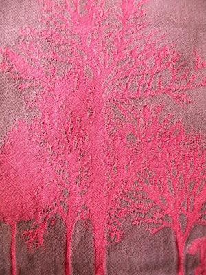 arbre+qui+boit+du+vin+tissus+moutet+orthez.JPG