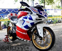 FOTO MODIFICATION MOTOR KAWASAKI NINJA 250 CC