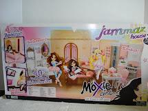 Luv-dolls Moxie Jammaz House