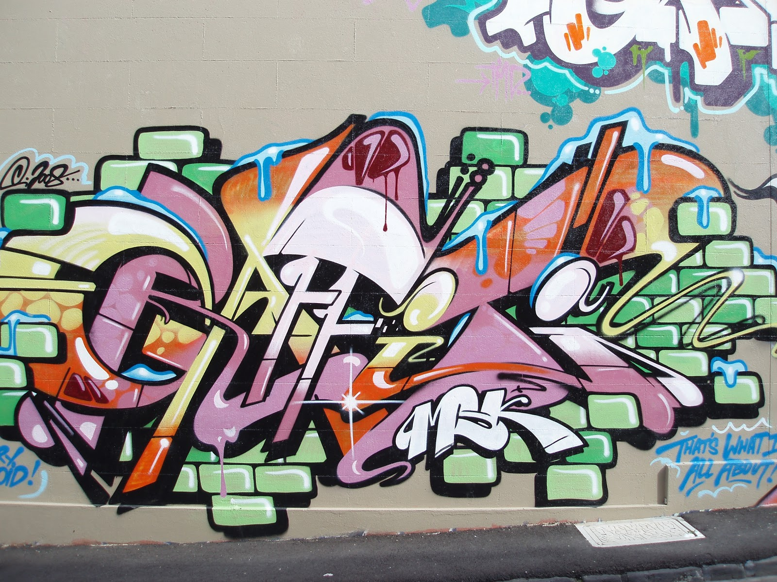 Grafiti New Most: Graffiti Wall Street Art For Design Ideas