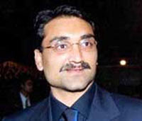 aditya_chopra_times_of_india_divorce.edu