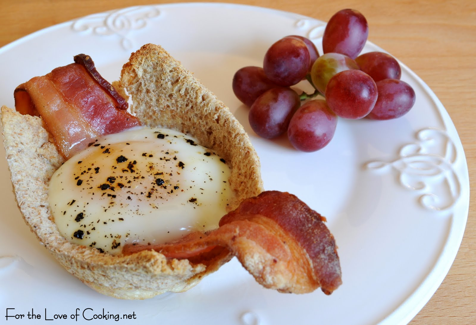 Bacon, Egg, and Toast Cups | For the Love of Cooking