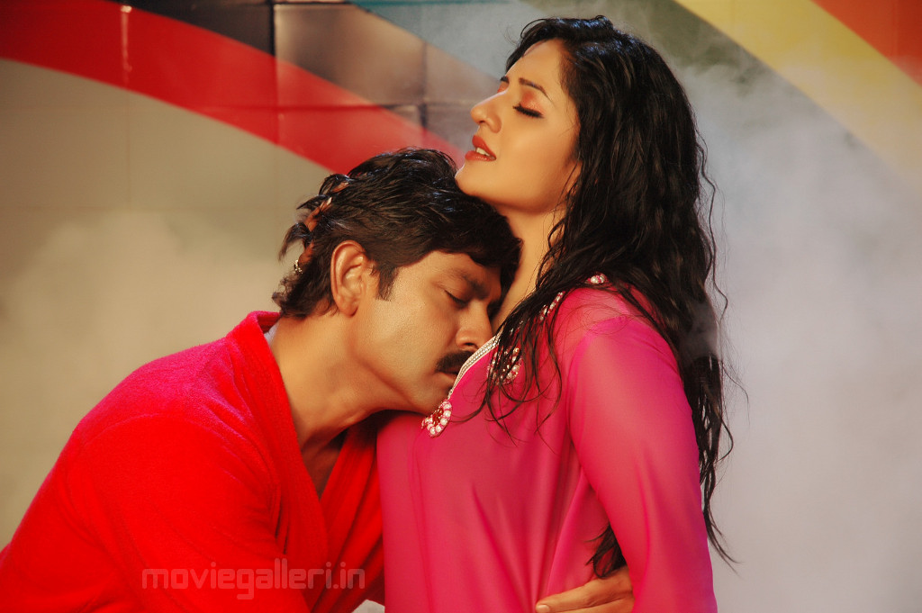 Raman hot with jagapathi babu