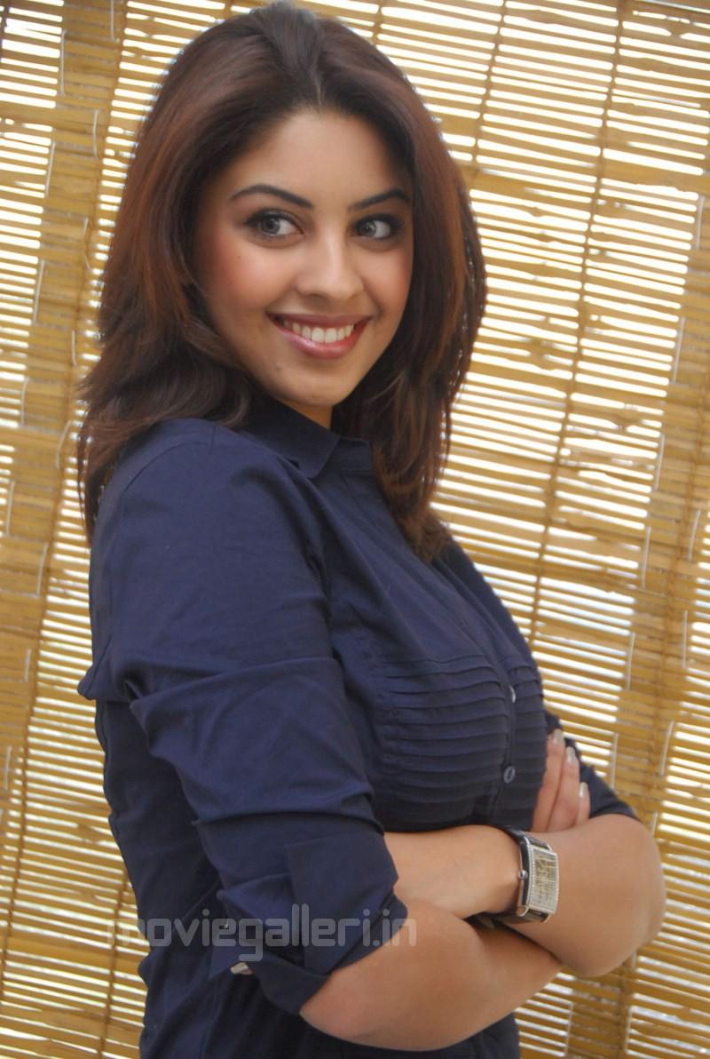 Richa Gangopadhyay Jeans Richa gangopadhyay new