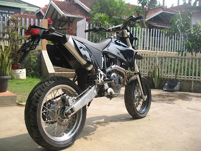 Modifikasi Yamaha Scorpio on Motor Sport  Modifikasi New Yamaha Scorpio Supermoto 2011