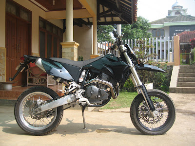 Modif picture New Yamaha Scorpio Supermoto