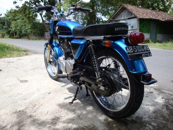 Honda CB 100 - Double Starter - For Sale (Yogyakarta