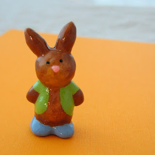 Leo the Bunny sculpted pin
