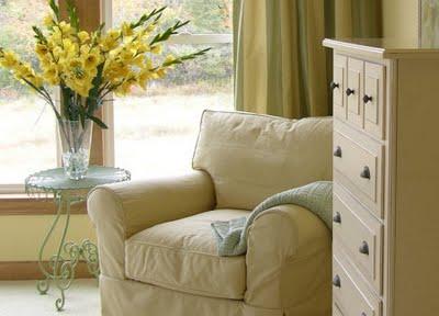 inspirado nas casas de campo inglesasem que predominava a cor branca na maior parte dos elementos e mveis antigos era costume decorar com mobilirio