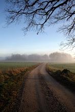 Den lilla grusvägen till vänster... där bor vi.