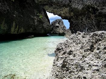 Gaspar Island, Tres Reyes Island