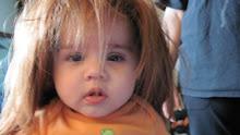 babies like wigs