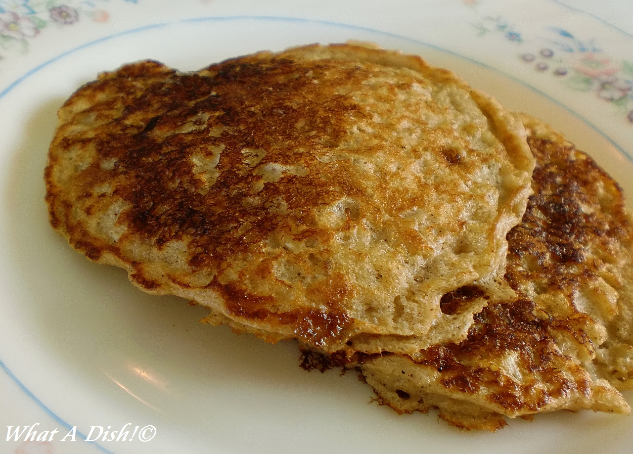 What A Dish!: Oatmeal Ginger Buttermilk Pancakes