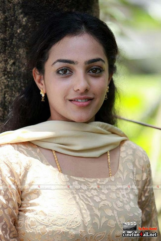 Asianet TV (Malayalam) Anchor cum Actress Nithya Menon cute pics