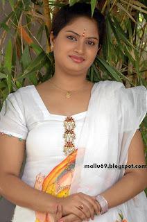 aki nakal: Telugu Tamil Actress Bhavana Photosbhavana
