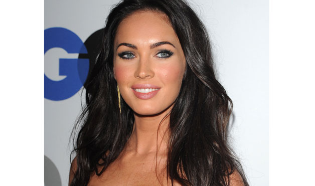 megan fox hair colour. megan fox hair highlights.