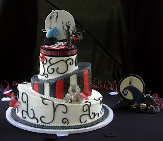 Cakes and Lollipops: nightmare before Christmas wedding cake/favor