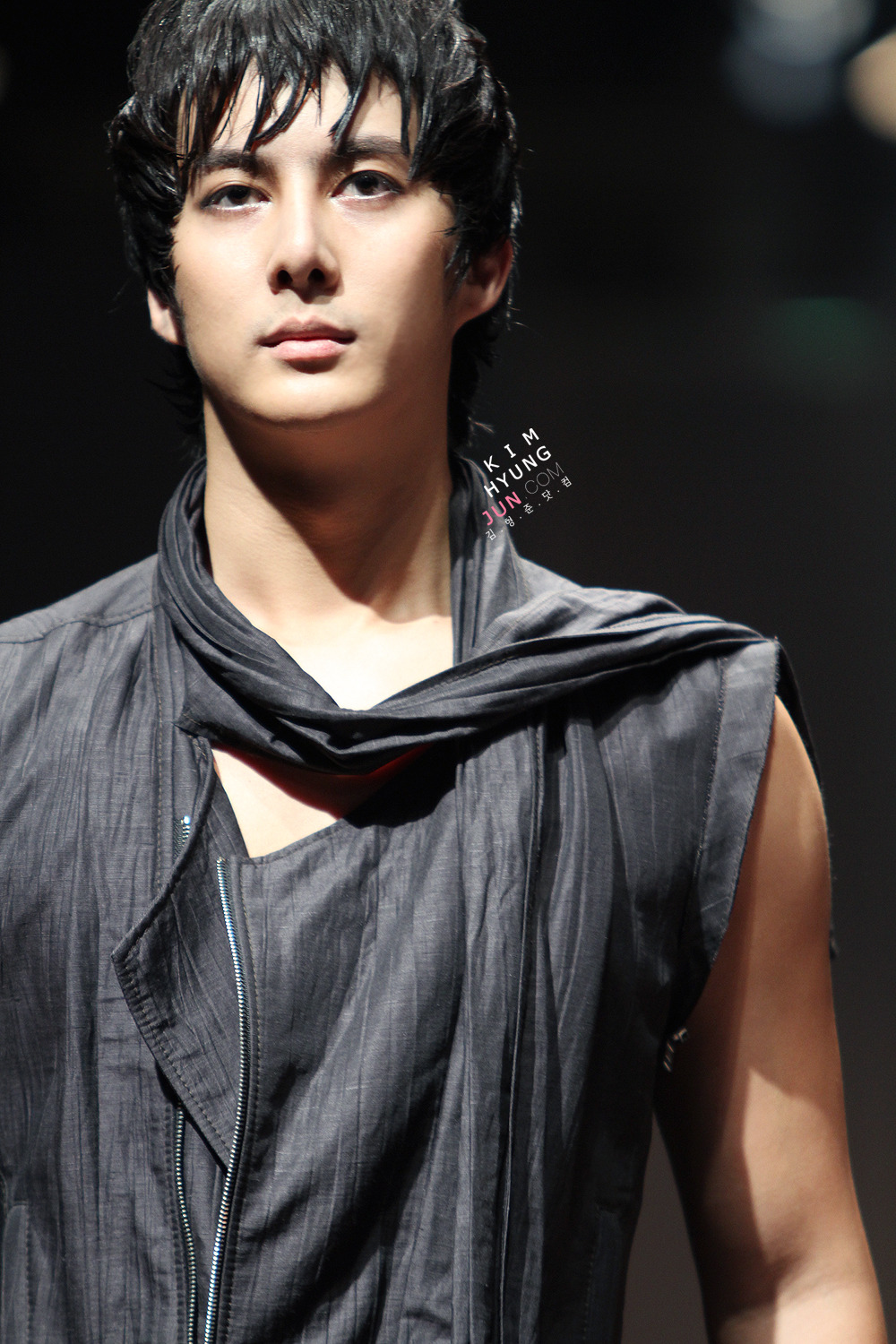 Forever With SS501 Kim Hyung Jun Seoul Fashion Week 101022