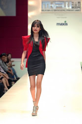 Liyana Jasmay in AY Startrukk Collection @ M-ifw 09