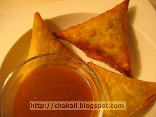 Samosa Recipe, Indian Samosa, Fried Snacks, Potato and green peas recipe, Patti samosa recipe, samosa recipe, samose, how to make samosa, indian samosa recipe, samosas