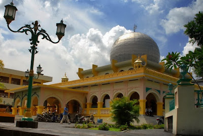 Kris Hadiawan Masjid Raya Nur Alam Pekanbaru Kawasan Pusat Budaya Melayu Dan Kegiatan Islam