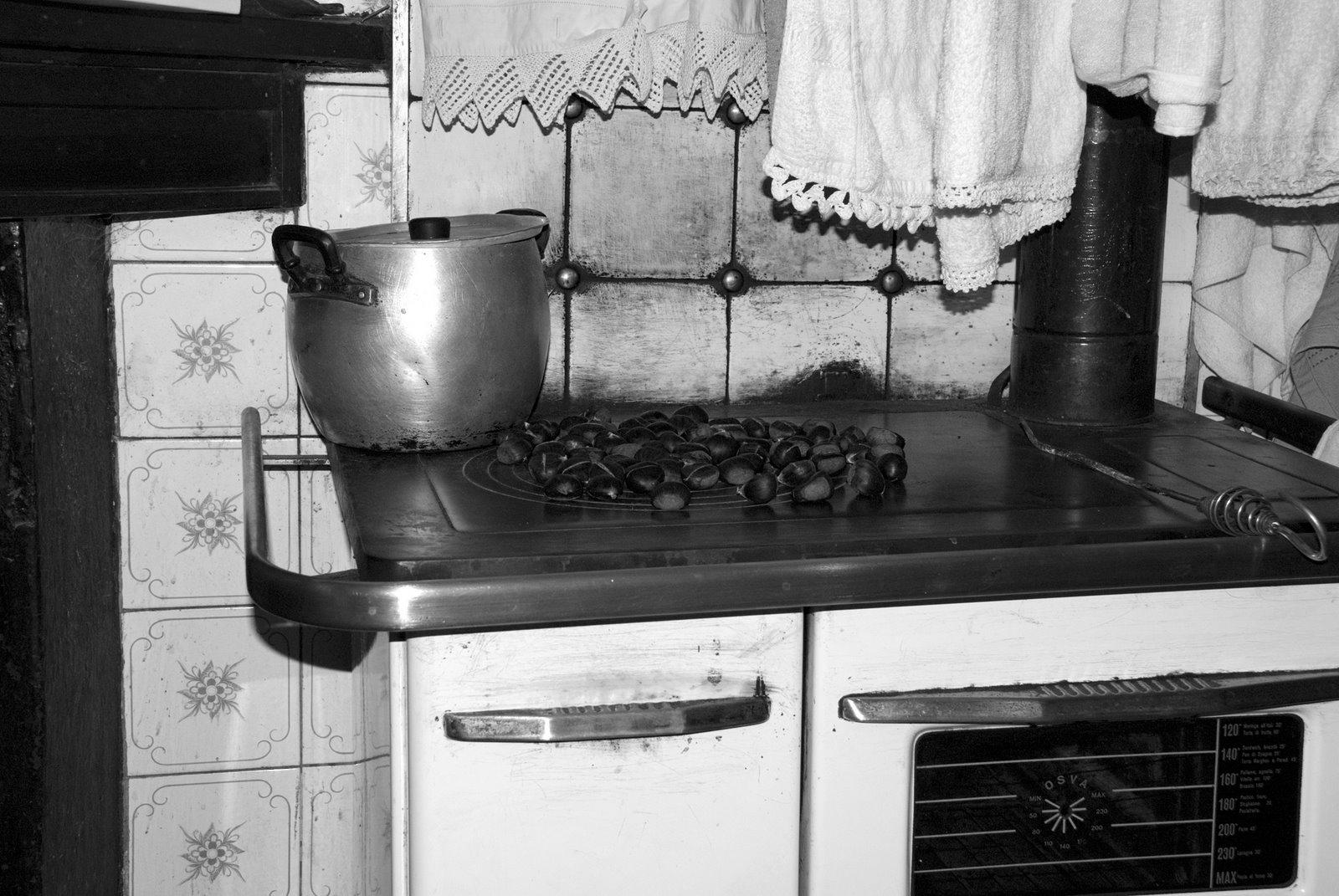 Cucina angolare economica sara cucina angolo with cucina for Cucina economica zoppas